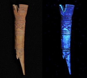 Images of bone figurine (16187) with pink paint captured under visible (left) and UV (right) illumination.