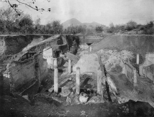 View of the Villa of Publius Fannius Synistor with Vesuvius in background, 1900 (F. Barnabie, La Villa Pompeiana di P. Fannio Sinistore, scoperta presso Boscoreale, 1901, tav. XI)