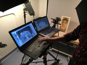 Examining the portrait with an infrared camera