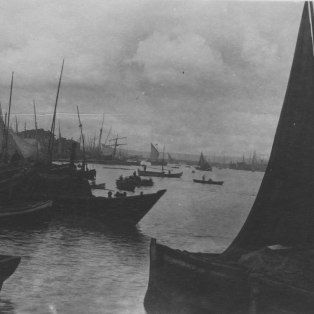 """""""Another view on the Golden Horn, to show number of small sailing craft."""" KS043.08."""
