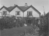London, England. Cookham and vicinity. Just a flower garden out in front of a house. KS222.10.